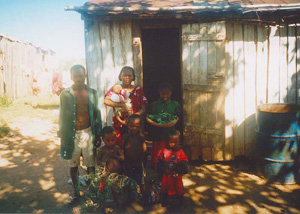 [Madagascar] Rural poor in the south, May 2003