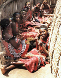 [Swaziland] Swazi girls.