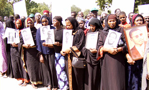 [Chad] Widows of victims of Hissene Habre's alleged atrocities march in capital, Ndjamena [12 Nov 2005]