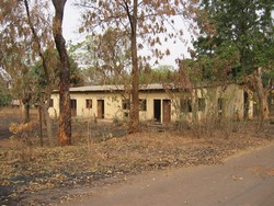 [Cote d'Ivoire] Many public buildings have been abandoned in the north since war broke out in 2002.