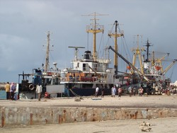 [Somalia] The Port of Mogadishu. [Date picture taken: 10/10/2006]