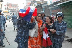 [Nepal] Even shoppers were arrested during a clampdown on democracy demonstrations in the capital. [Date picture taken: 04/06/2006]
