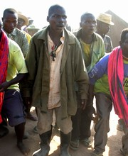 [DRC] Kizima Ndeka Bwanga (centre) and other demobilised former Mai-Mai combatants at Kankonona Camps in southeastern Katanga Province. [Date picture taken: 09/06/2006]