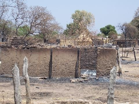 Burnt homes in Birao following clashes in March between government forces and UFDR rebels, CAR, March 2007. According to the UN, 95 percent of the town residents fled.