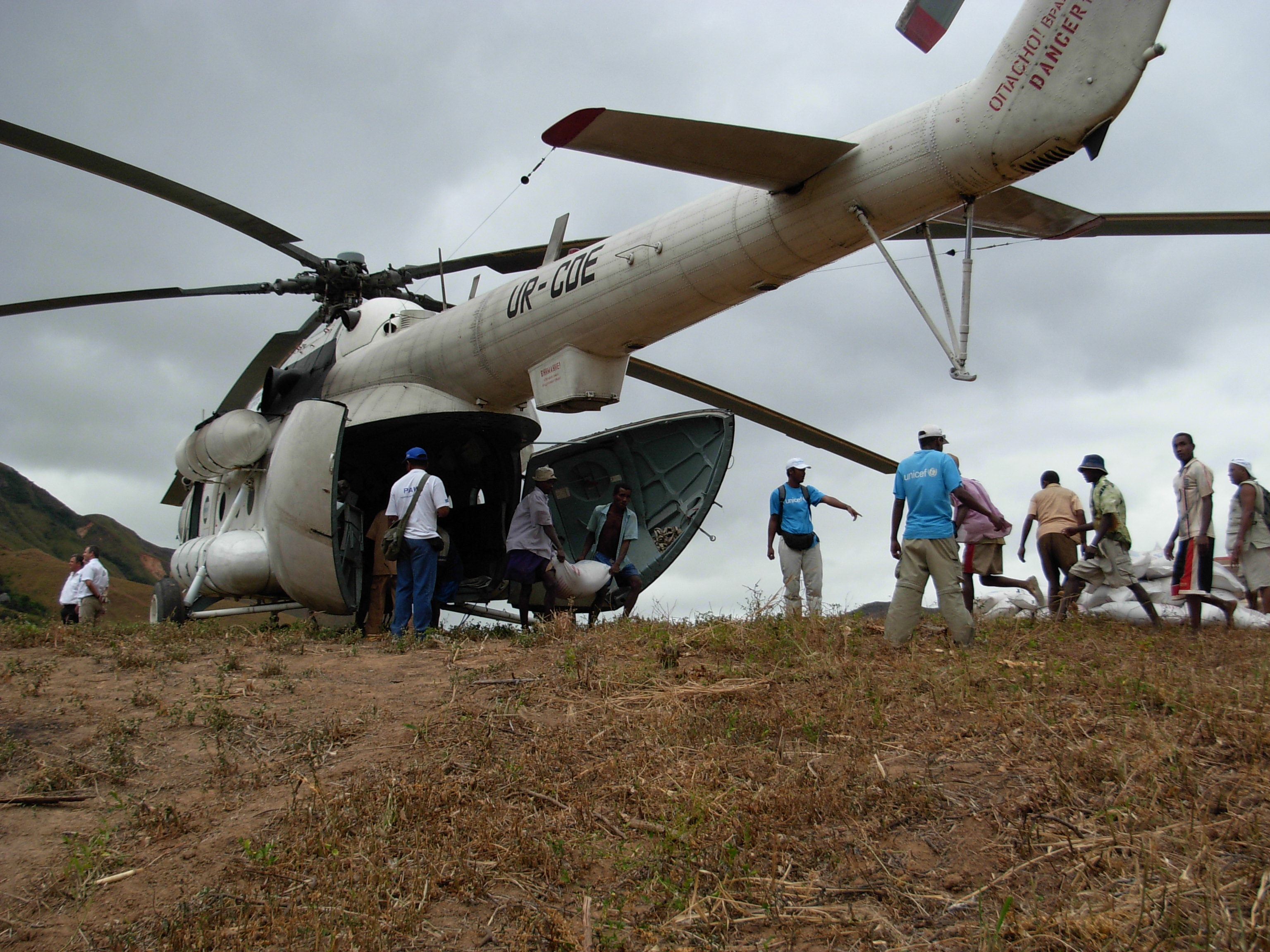 WFP lands in northern Madagascar following cyclones and floods.