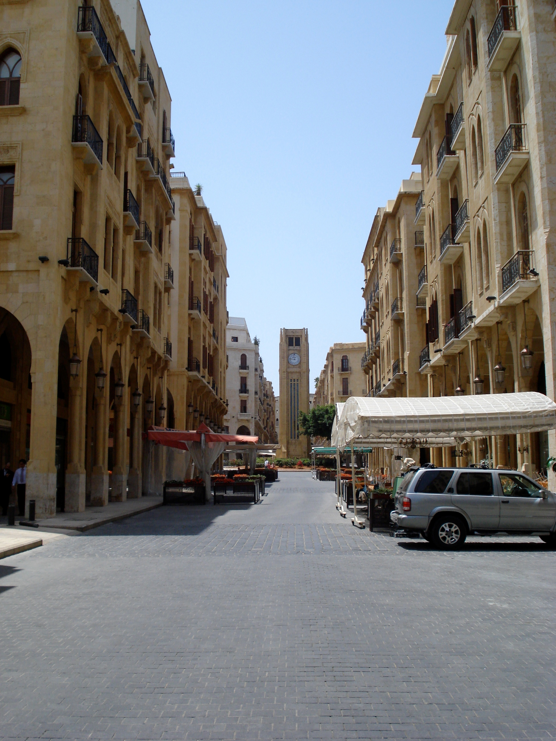 The once-crowded downtown area of Beirut is now quiet because people fear bomb attacks.