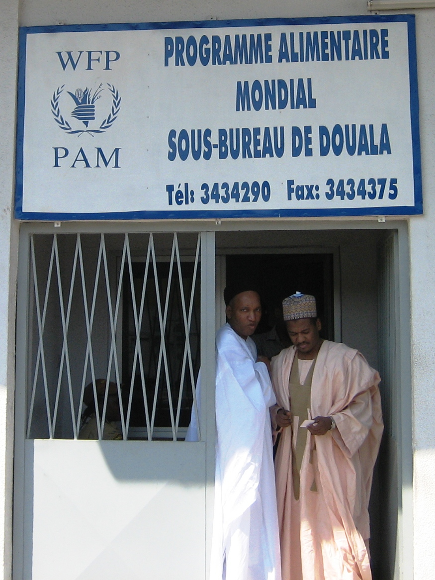 Maliki Dahirou and Aboubakari Fadil supplied WFP with thousands of metric tonnes of locally grown sorhgum in 2007.