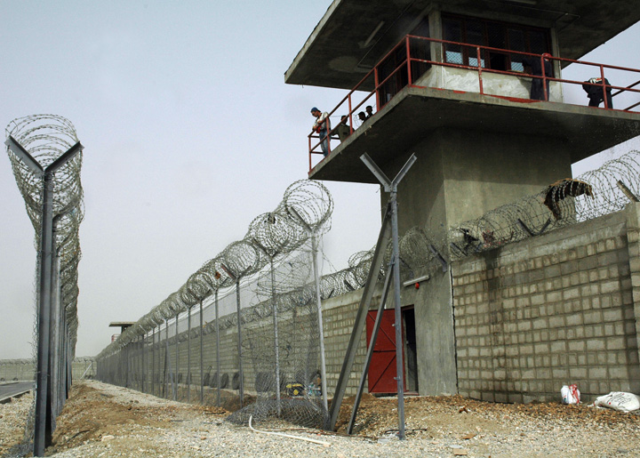 In a bid to improve conditions in Iraqi prisons, the US Army Corps of Engineers is nearing completion of Nasiriyah Prison in Dhi Qar Province - considered to be the biggest prison in the south of Iraq.
