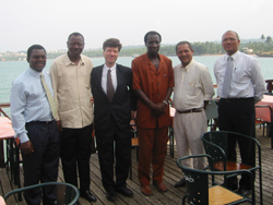 [Sao Tome] Economist Jeffrey Sachs with government officials in the capital Sao Tome. [Date picture taken: 05/27/2004]
