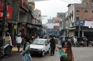 [Pakistan] A view of the winding alleys and streets of 'Heera Mandi' or the 'Diamond Market'  in Lahore, the city's largest commercial sex market. [Date picture taken: 01/31/2007]