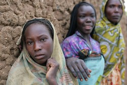 [Chad] Women, Chad, October 2006. Chad's post-independence history has been marked by instability and violence stemming mostly from tension between the mainly Arab-Muslim north and the predominantly Christian and animist south.