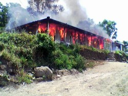 [Pakistan] A UN DSS staff member's house goes up in flames on Monday in Bagh. Security incidents involving members of the humanitarian community have witnessed a recent upsurge. The area was badly damaged in the October 2005 quake that ravaged much of Pak