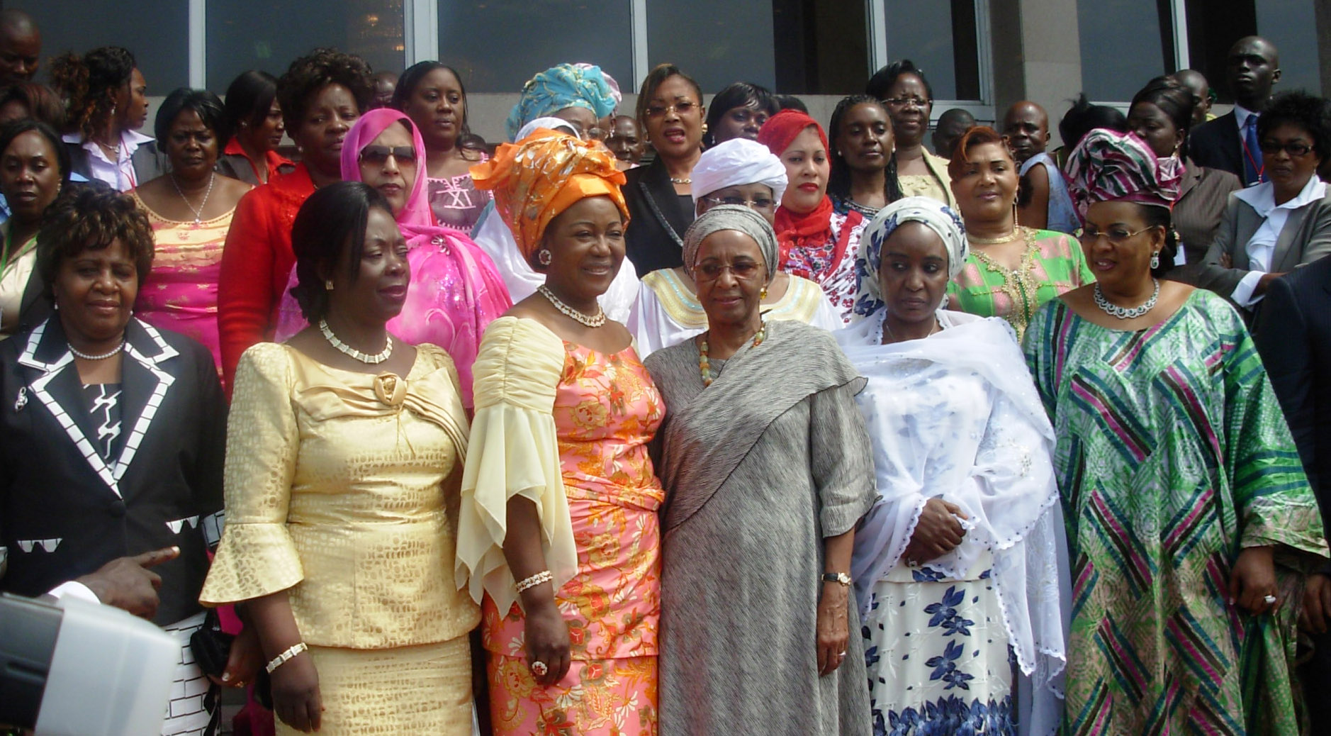 African first ladies pose for a group photo in the capital of the Republic of Congo after attending a conference during which they set up a network of women peace negotiators. Brazzaville. February 2008.