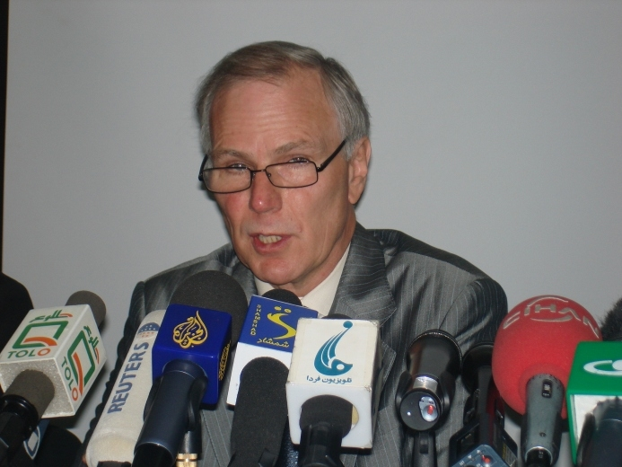 Philip Alston called on different warring parties in Afghanistan to immediately cease unlawful killings of civilians.