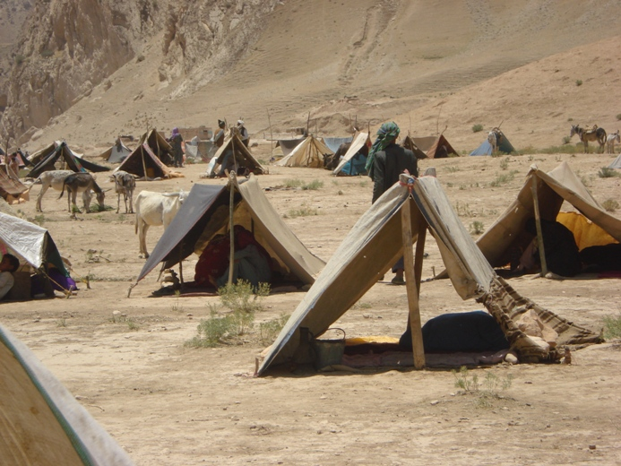 The tents of IDPs from Alburz District in a desert close to Mazar-i Sharif on 25 June 2008. The IDPs say drought and food-insecurity forced them to abandon their homes in search of aid in urban areas.