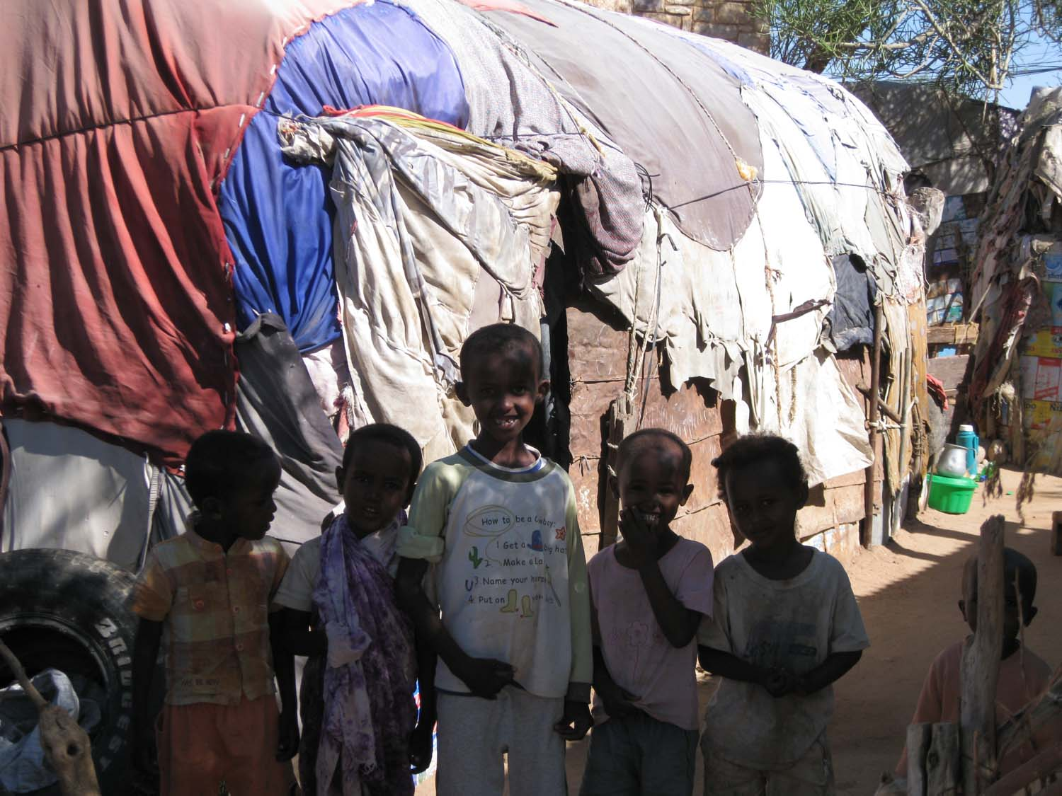 IDP children in front of their dwelling in Hargeisa in Somaliland.