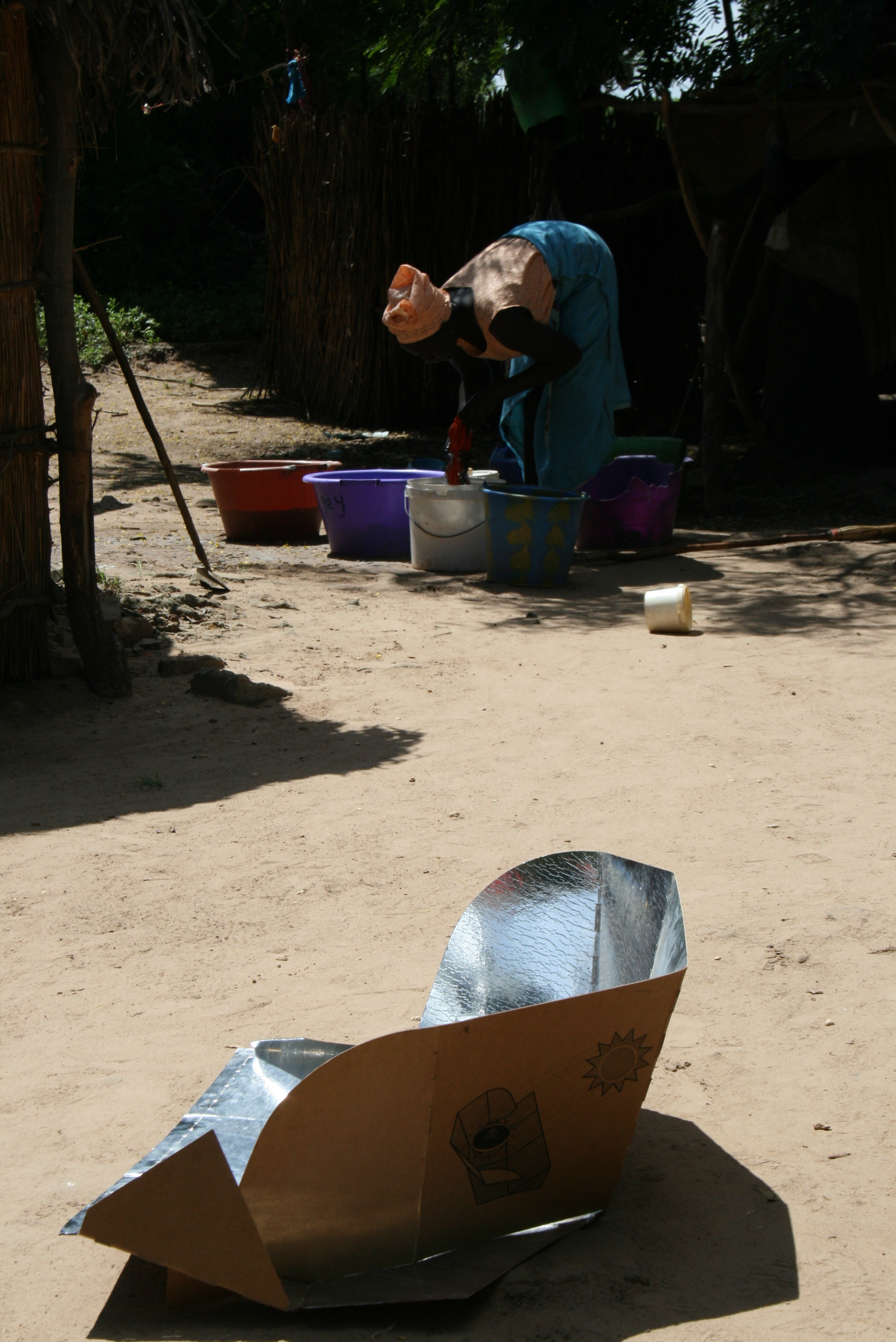 Solar stove use in rural Senegal allows women more time for other activities. A study is evaluating the health and environmental benefits of switching to cleaner energy, October 2008