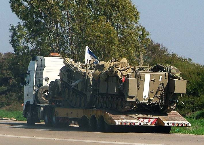 Israel mobilises reserve troops along the Gaza border on the 17th day of operation 'cast lead'