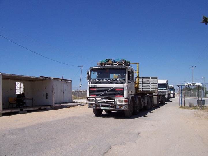 Gaza authorities registering trucks entering Rafah after retrieving imports from Kerem Shalom