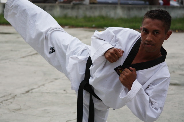 Thousands of Timorese men join martial arts groups as way to escape unemployment and lack of opportunities. Such groups played an important role in the 2006 crisis