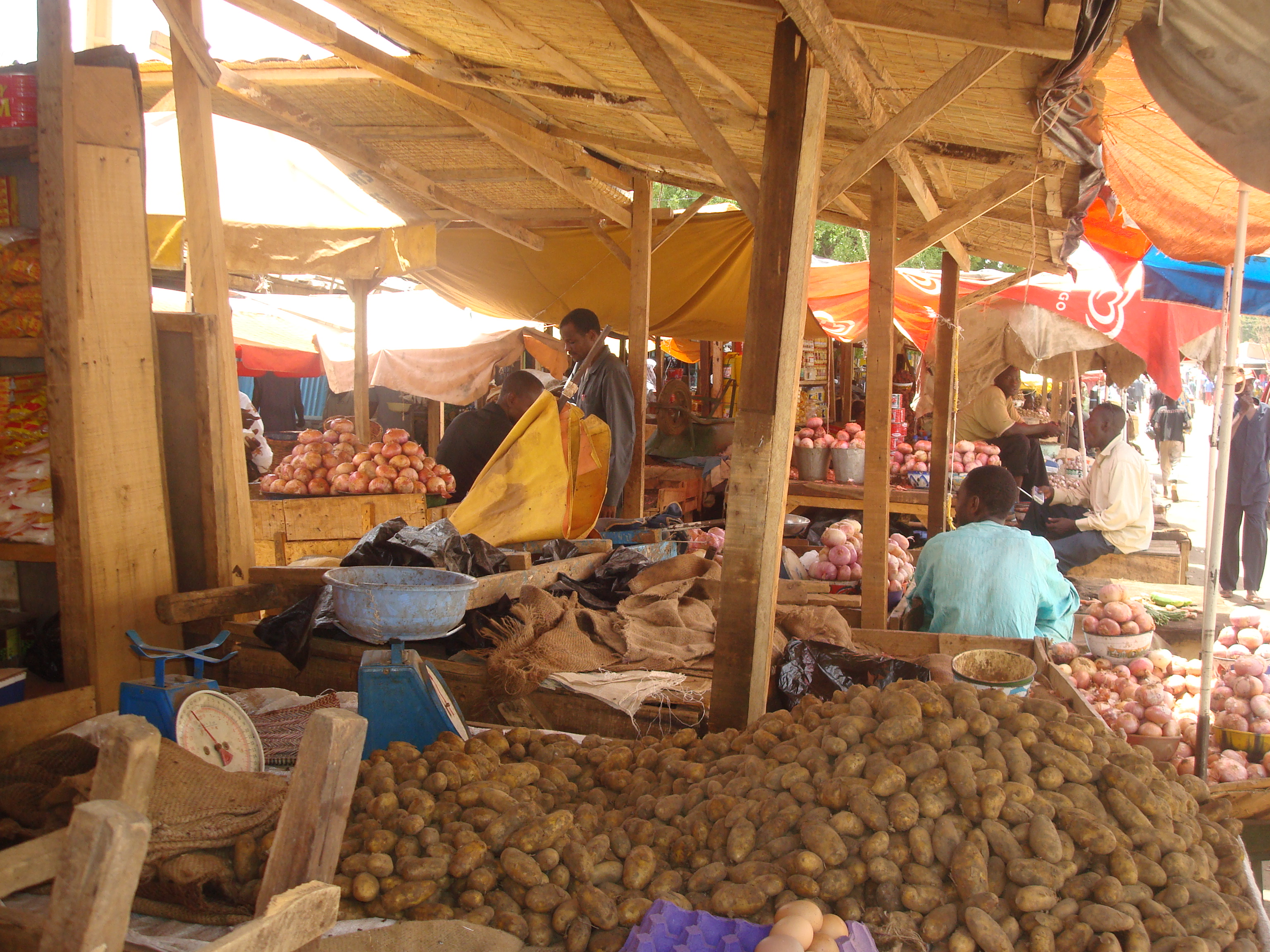 Less bustle at capital market stall