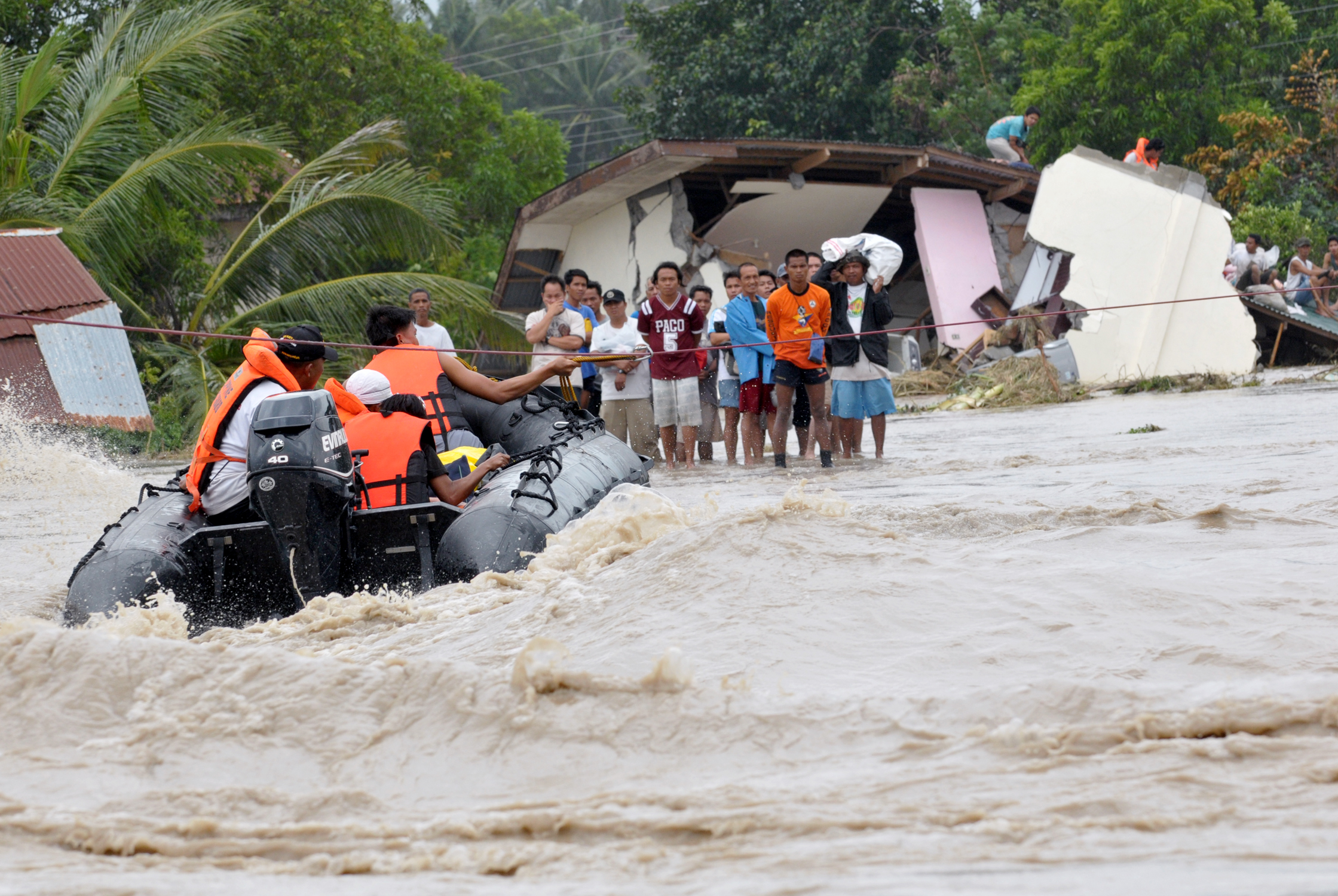 Floods in the aftermath of the Typhoon Marakot have left thousands stranded