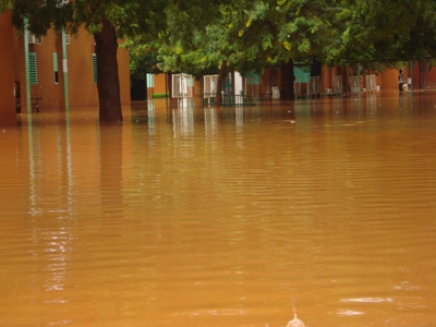 Burkina Faso's main hospital, Yalgado Ouédraogo hospital, has shut down key wards and evacuated patients after 1 September flooding