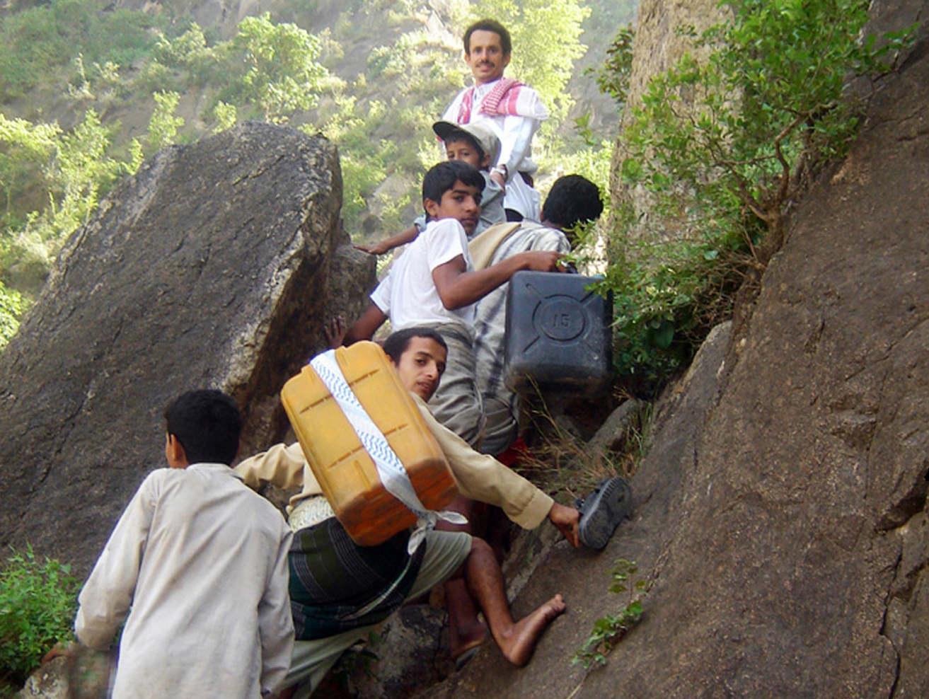 Milhan locals must climb 1,500-1,800m-high mountains to reach springs to get water, Yemen