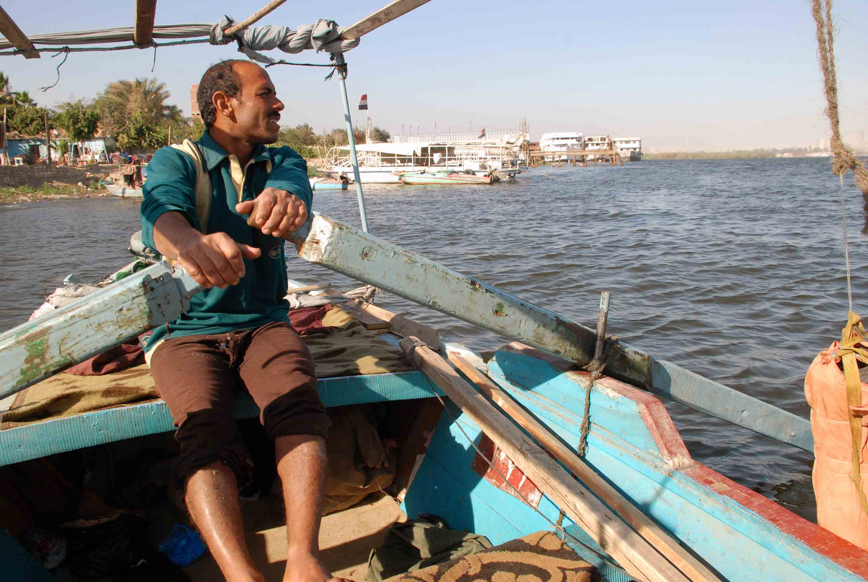 Nile River pollution is a bad omen for fishermen