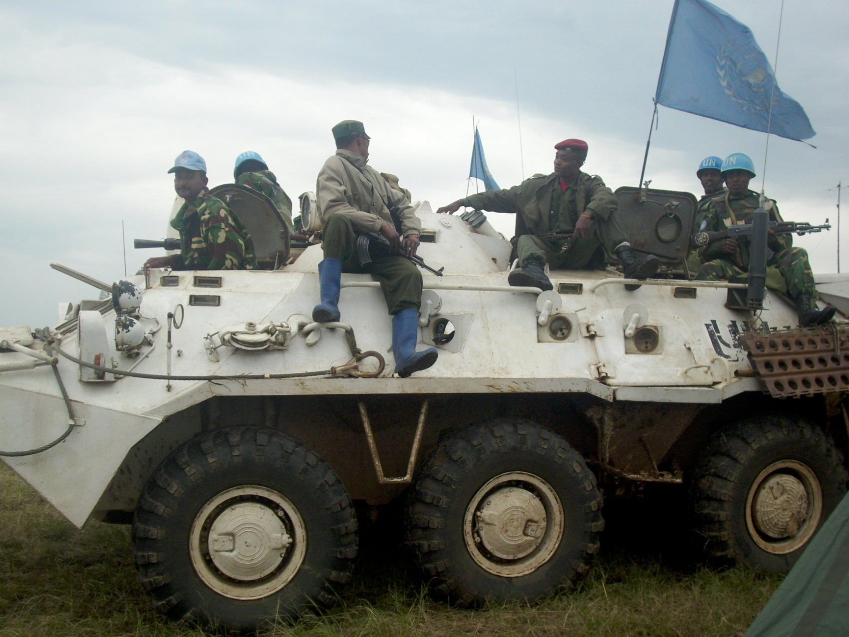 Brothers in arms… Congolese army troops and UN peacekeepers on joint patrol south of Bunia, the capital of Ituri district