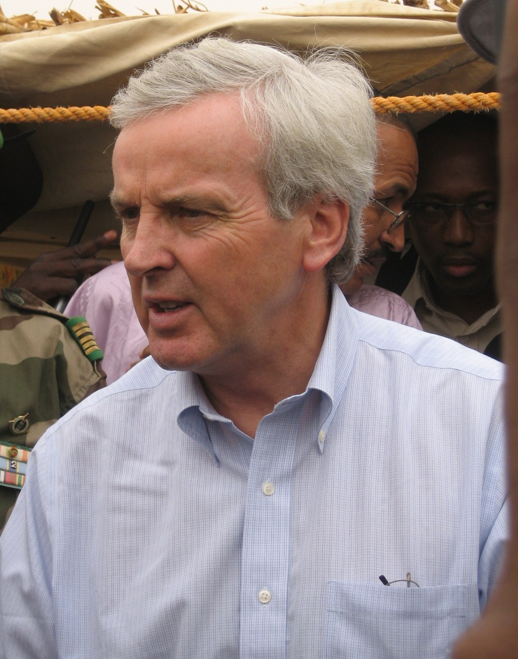 John Holmes, UN Emergency Relief Coordinator, during a field visit in the region of Zinder, Southern Niger. April 2010