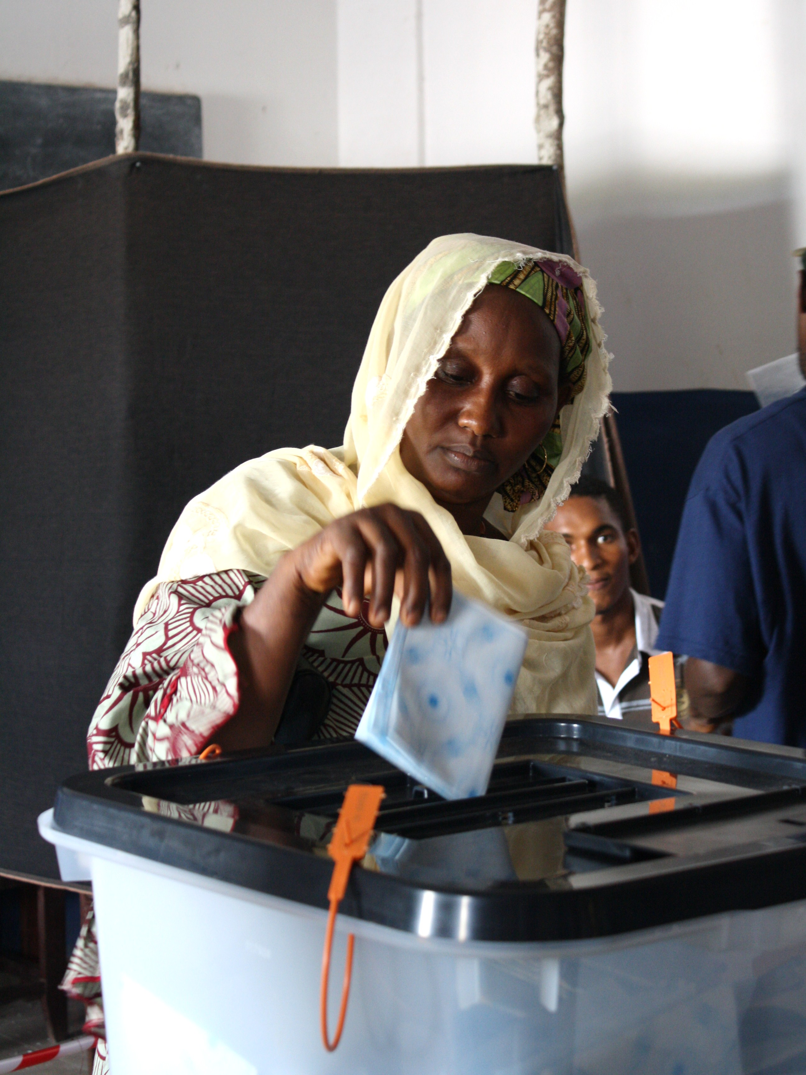 Woman voting in the Hamdallaye area of the Guinea capital Conakry. June 2010