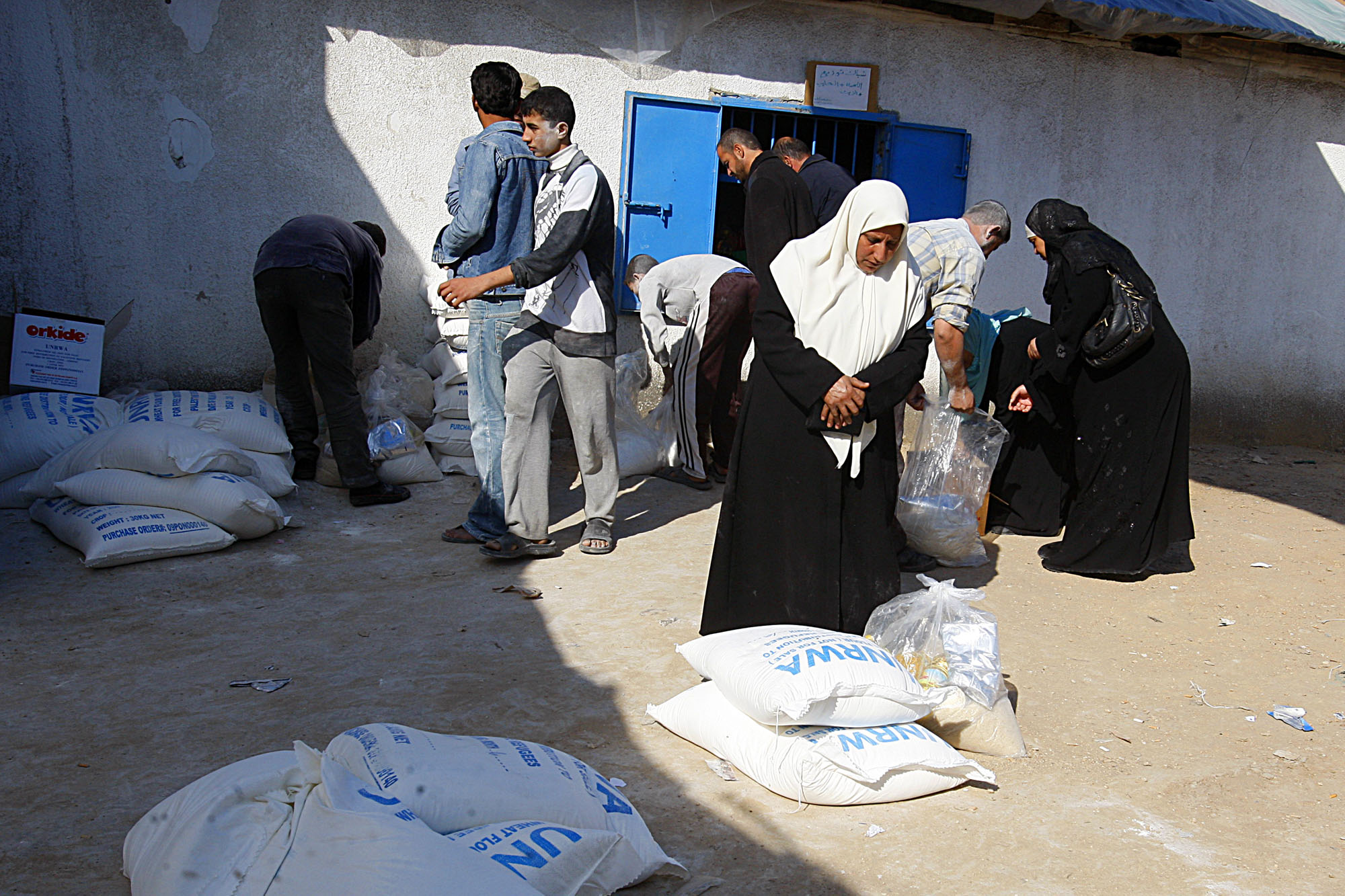 palestinian refugees essay Palestinian suffering few people have suffered more constant misery and daily oppression in the last 50 years than the palestinians the key issue, however, concerns not the amount — although it has obviously been grossly exaggerated — but the source of that suffering.