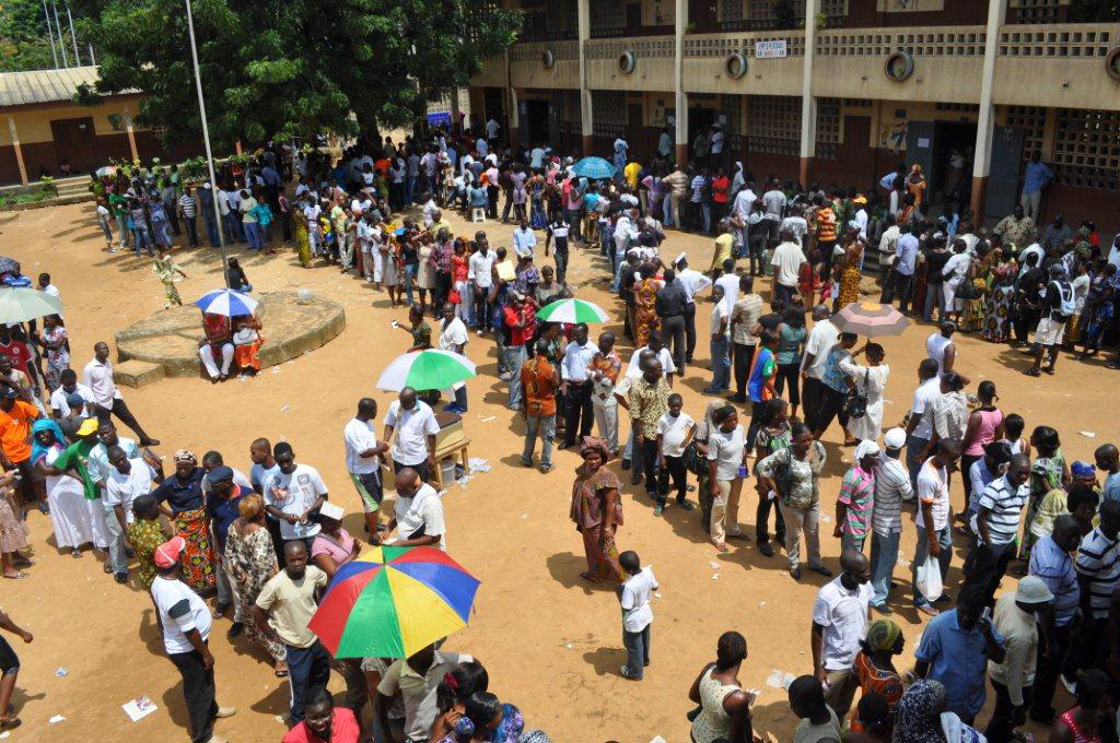 Queing for elections in Cote d'Ivoire