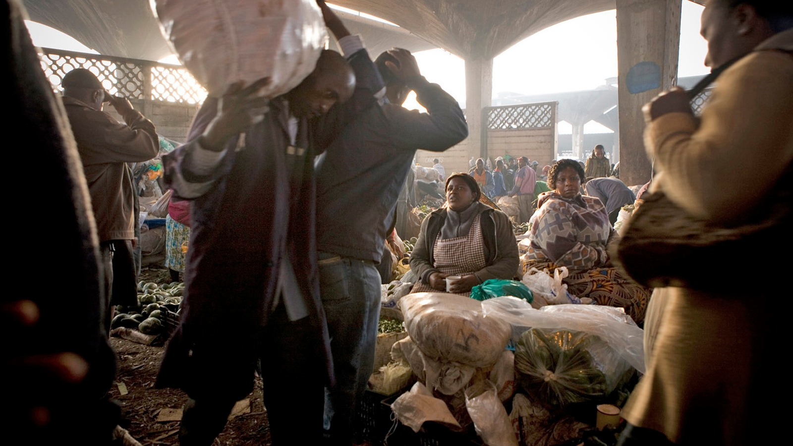 The Wakulima market in Nairobi, Kenya. Wakulima is the biggest market in East Africa, attracting thousands of traders from the region every day. March 2011