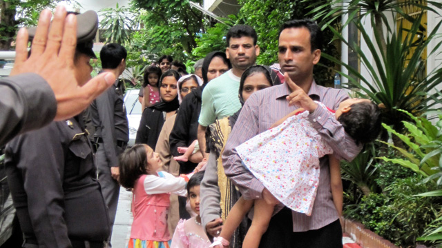 Close to 100 Ahmadi refugees and asylum seekers were released from a Bangkok detention centre on 6 June 2011