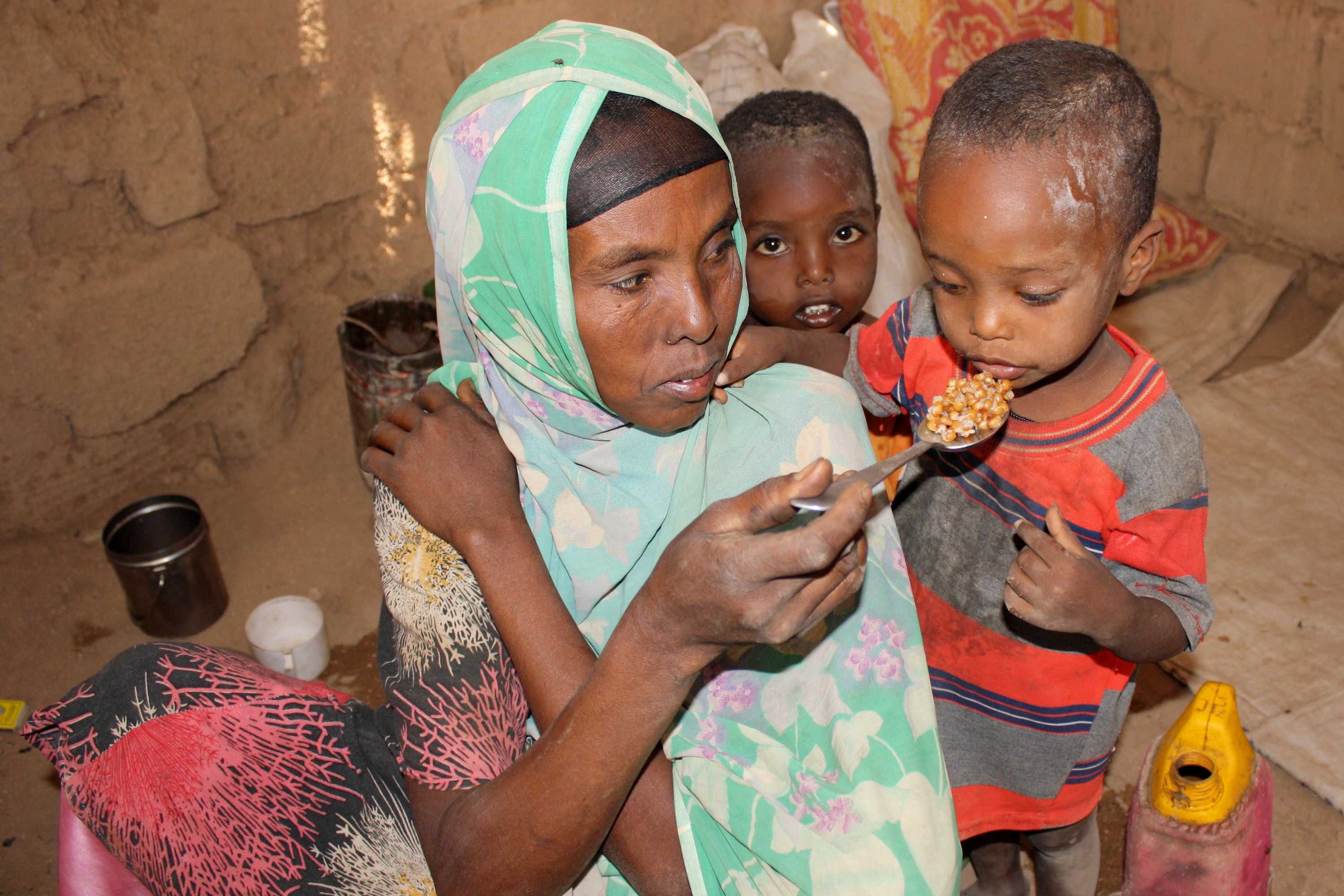 Shokuri Abdullai like most mothers in Bisle feeds her family boiled maize in the Somali region's Shinile zone (Ethiopia)