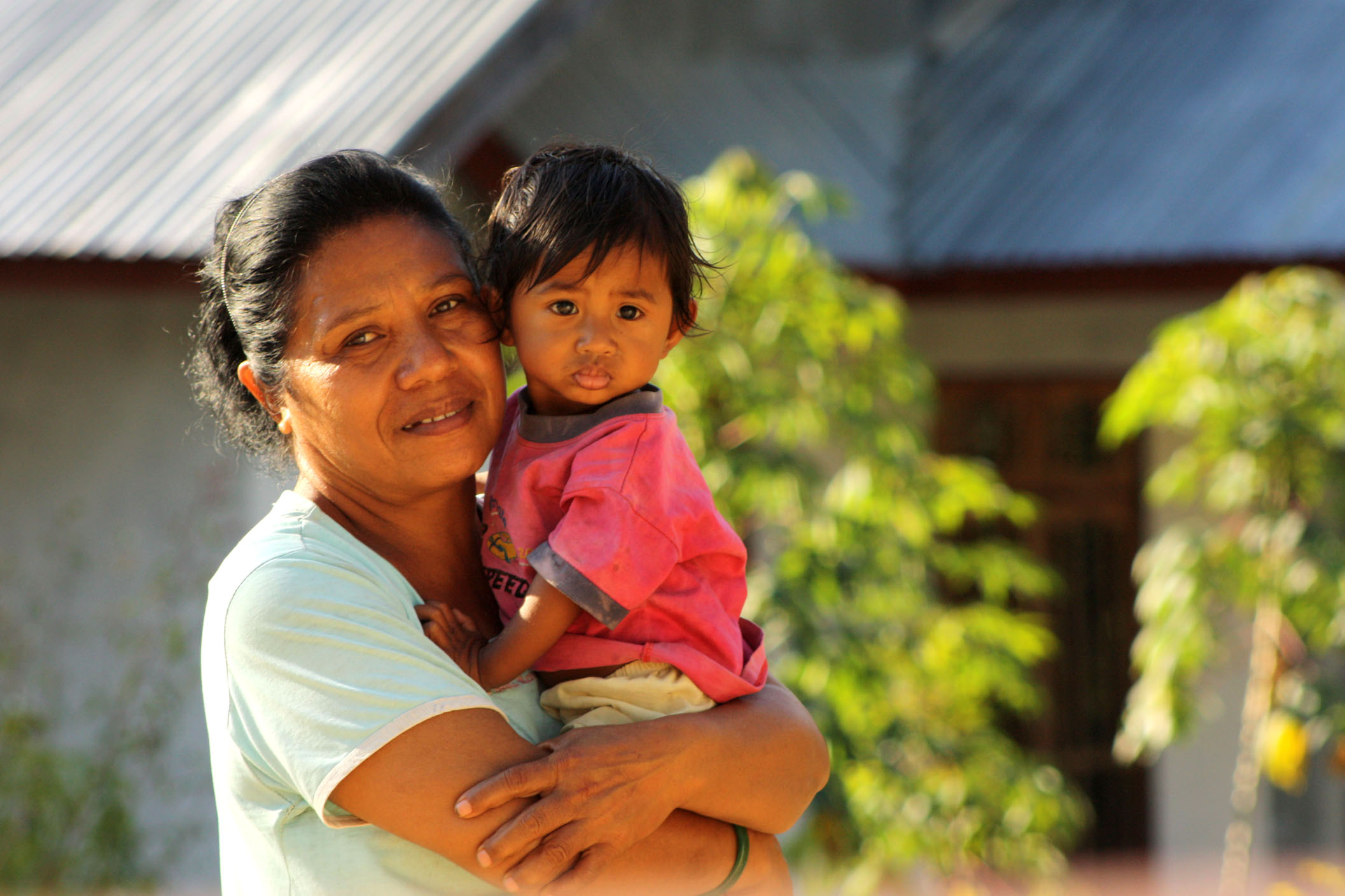 Mother and child in Noenoni, Indonesia