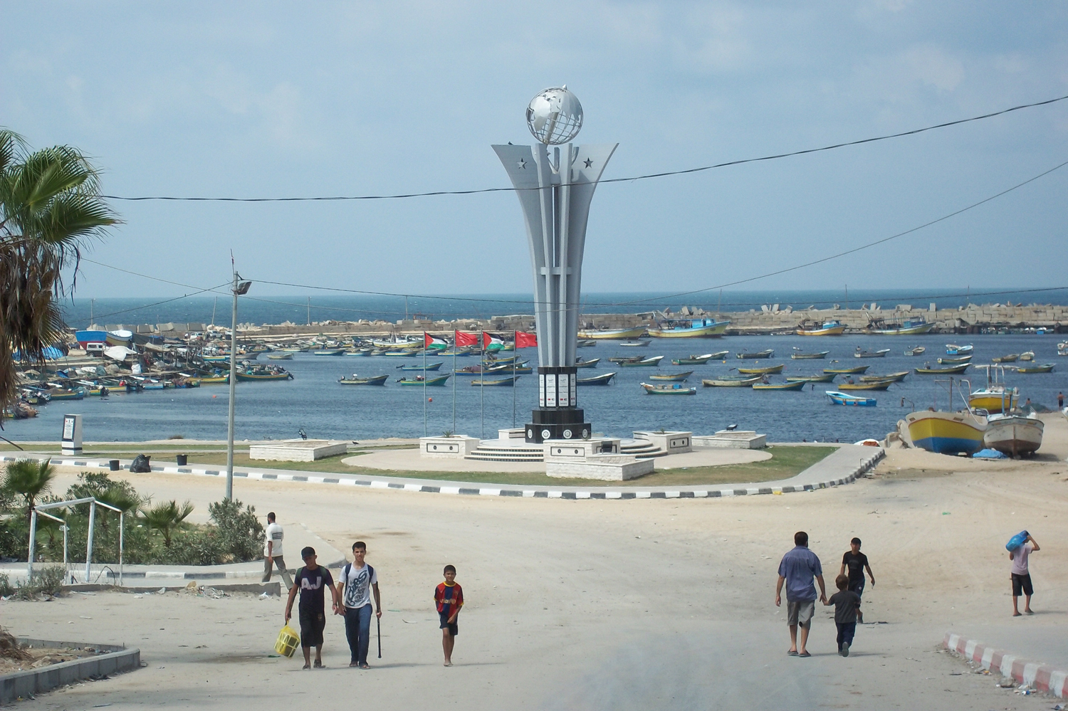 The Hamas-led government in Gaza put up a memorial to nine Turkish activists killed trying to break Israel's naval blockade in May 2010