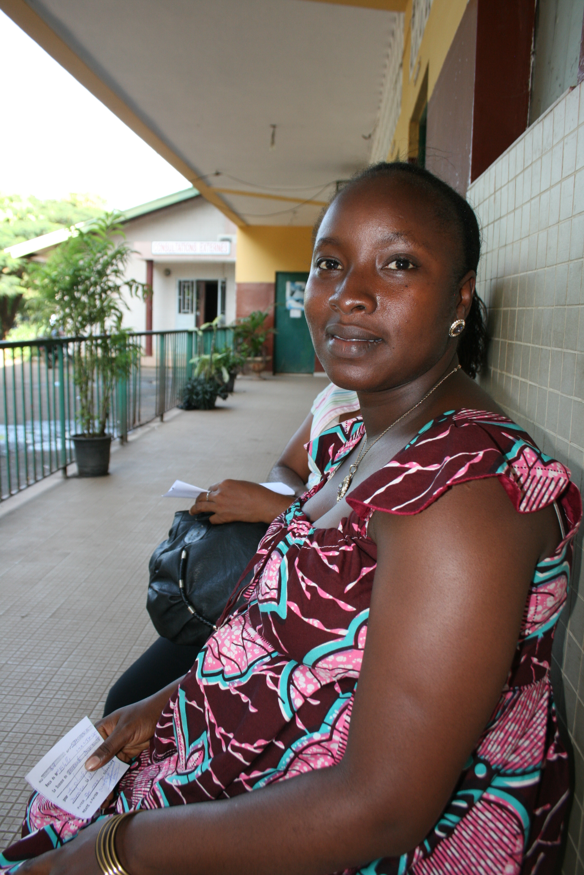 Ifonou Estelle Montserey is eight-months pregnant. She told IRIN the fees she pays for scans and ante-natal consultations at Donka hospital change each month