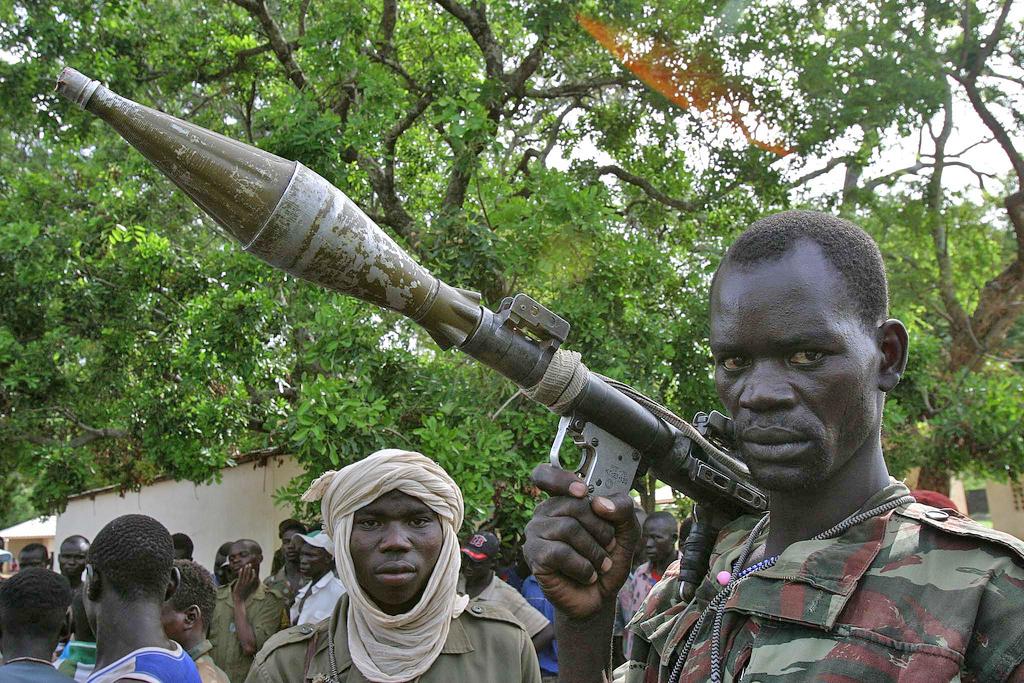 Irin Hundreds Flee As Rebels Advance