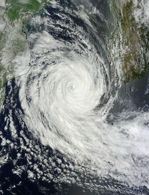 Tropical Cyclone Funso exiting the Mozambique Channel on January 27 2012