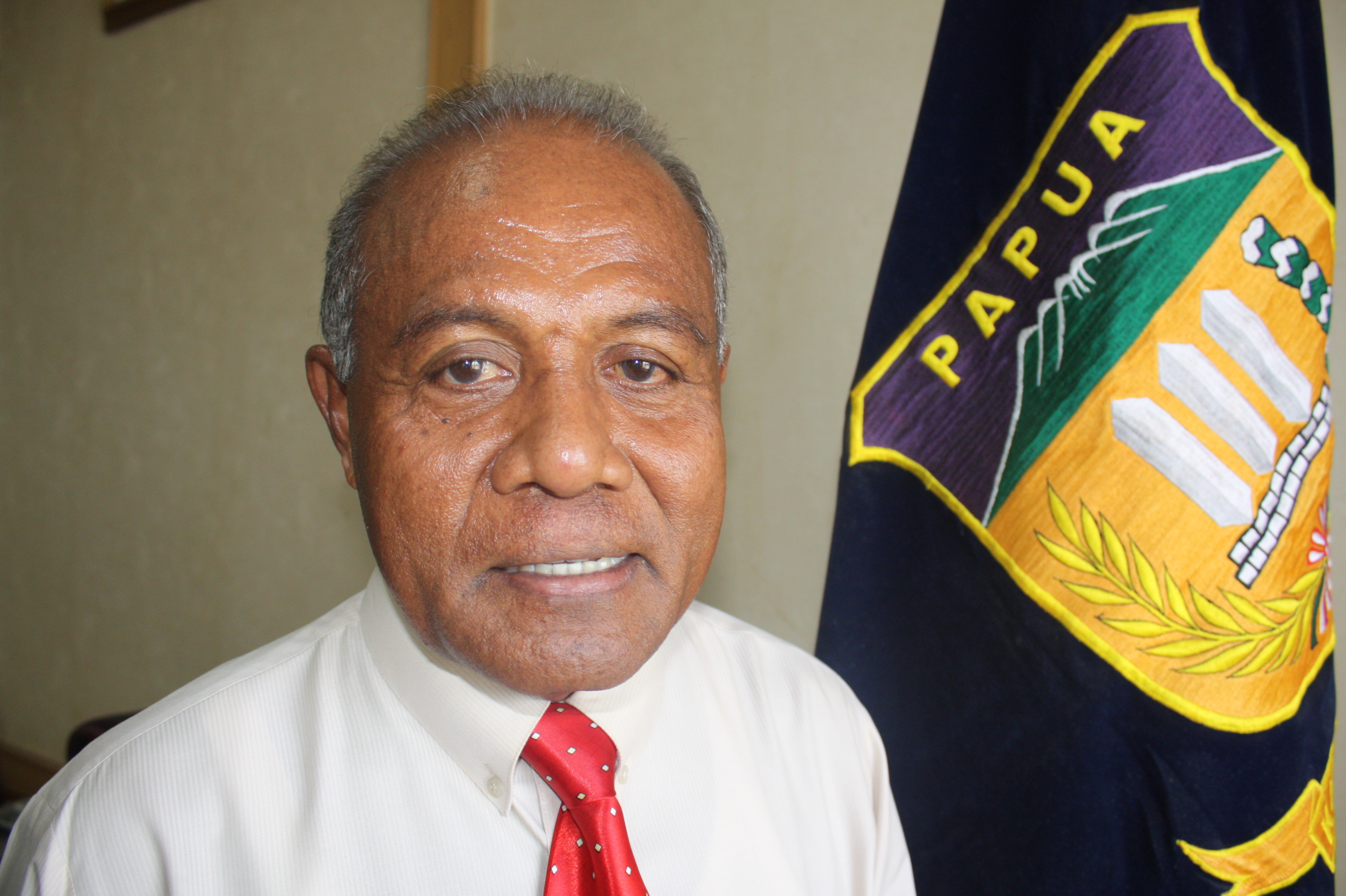 Constant Karma, Secretary of the Papua Provincial Commission and head of the Provincial AIDS Commission
