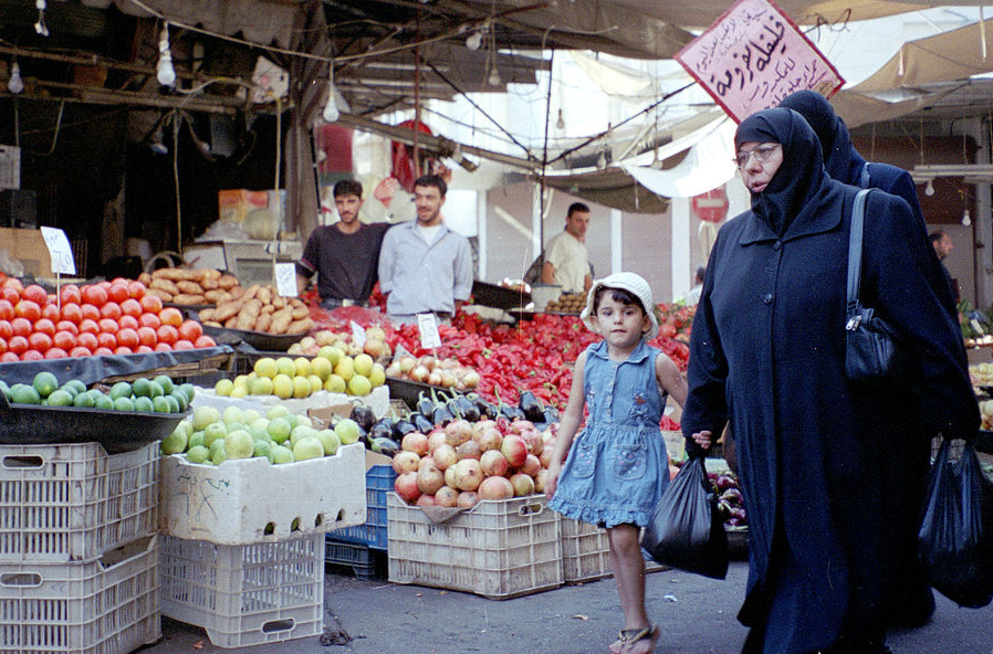 A food market in Damascus, Syria. The FAO says the 2011-2012 unrest in Syria has led to localized shortages in certain markets
