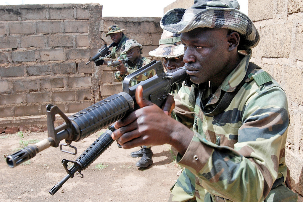 Senegalese and Malian soldiers train with U.S. special forces in Mali - May 2010