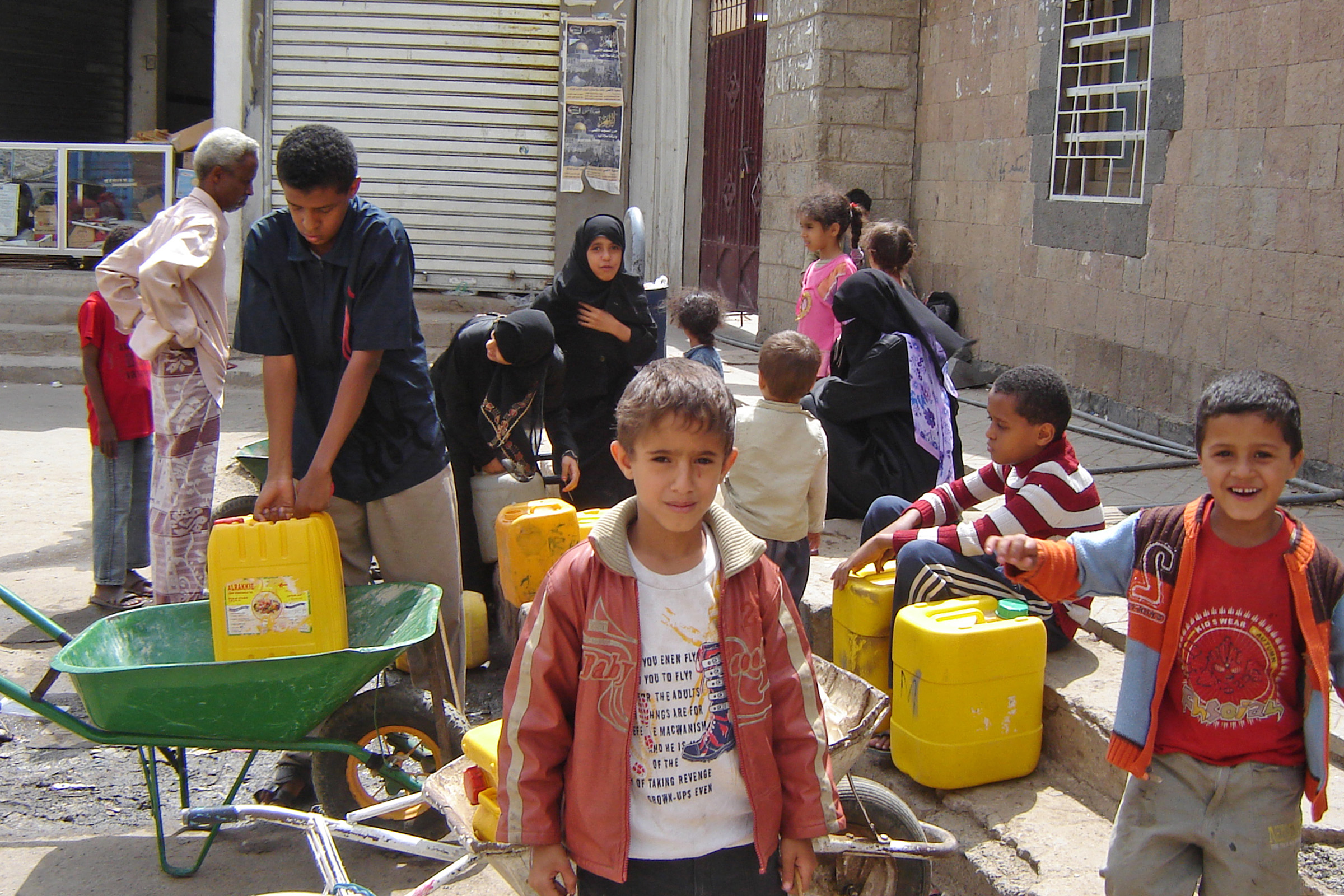 Worsening water situation for residents and refugees in Safia