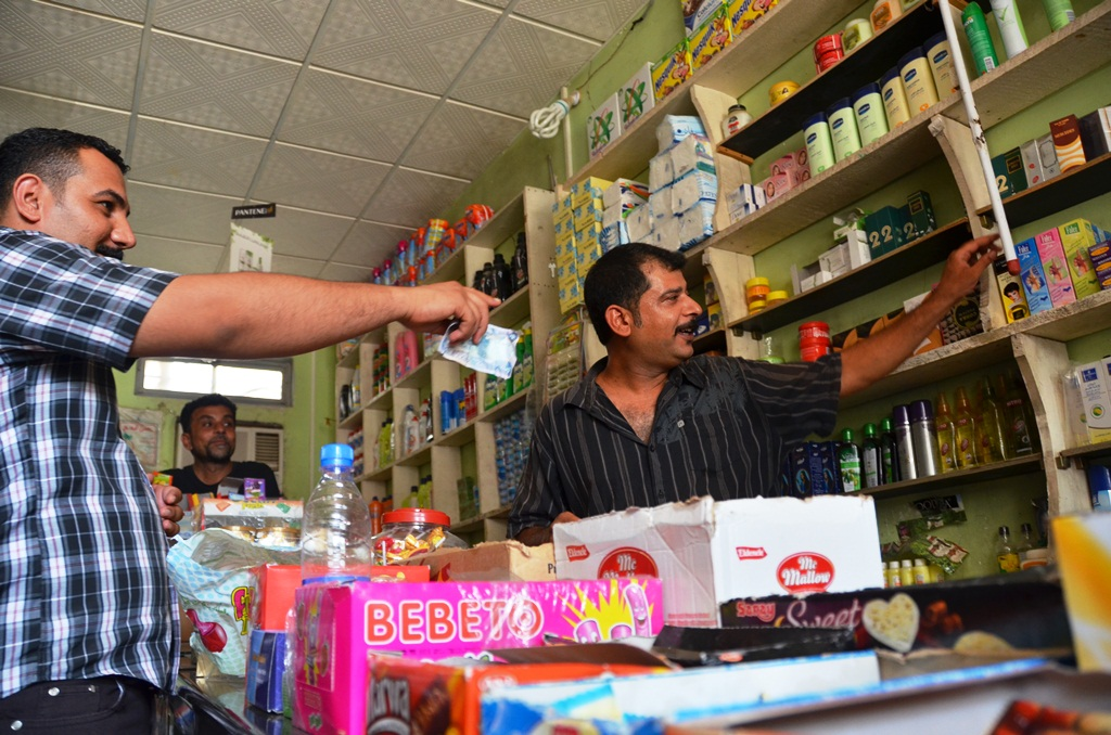 Arif Banay Kodeyar returned to Iraq in 2004 after years in refuge in Iran. It took him seven years to find work in Basra, Iraq's economic capital. He was only able to start his grocery store with the help of an IOM livelihoods project