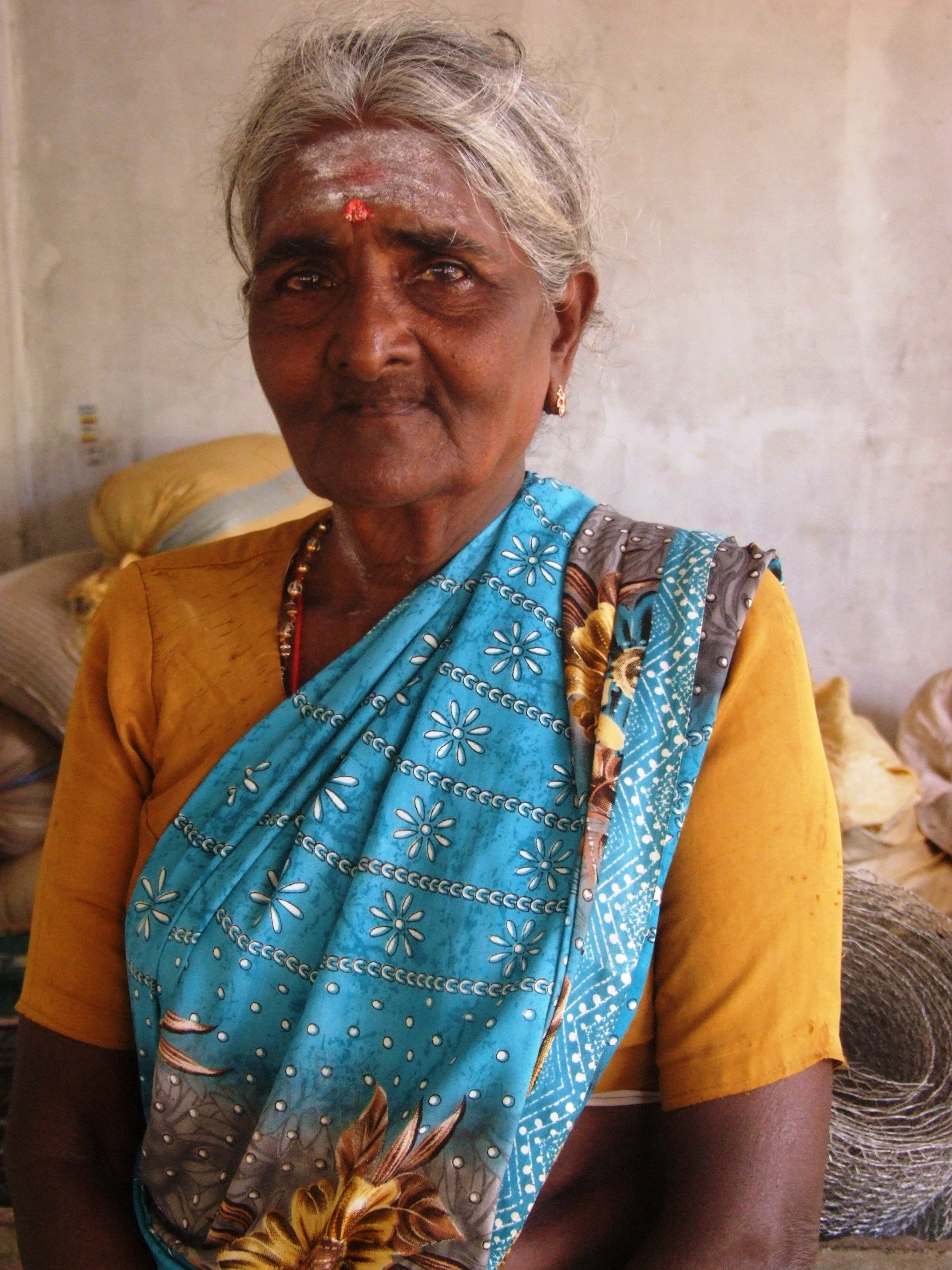 Kanthapillai Sarasvati, 67, is another returnee from Menik Farm, living with a host family in close proximity to the Seeniyamottai IDP village. Many residents are not being allowed to resettle on their land given an army presence in the area