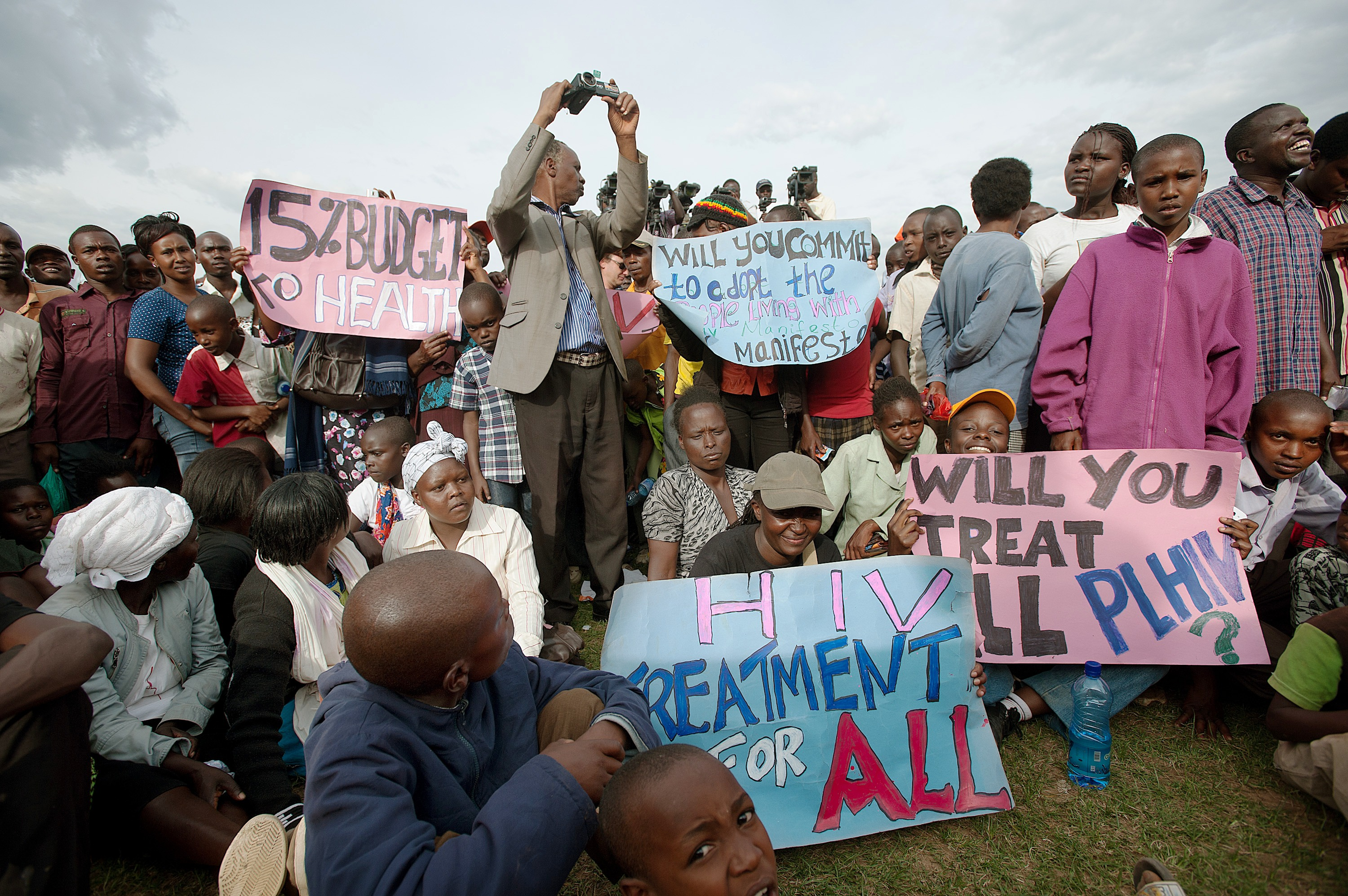 AIDS activists on the campaign trail ahead of the 4 March 2013 general election in Kenya