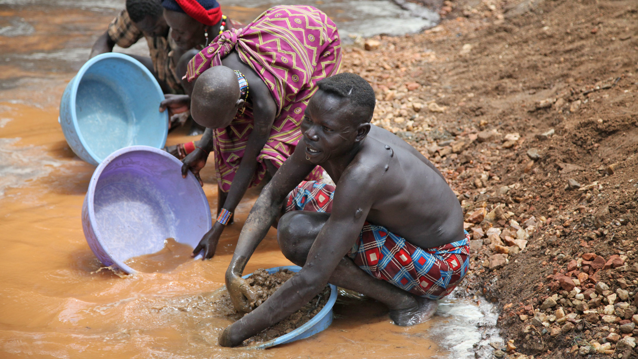 Gold panners in Nanakanak, Eastern Equatoria state